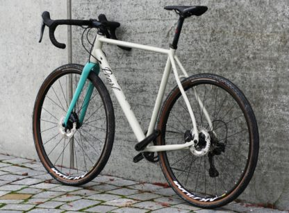 Pearl Gravel AL – Shimano GRX 600